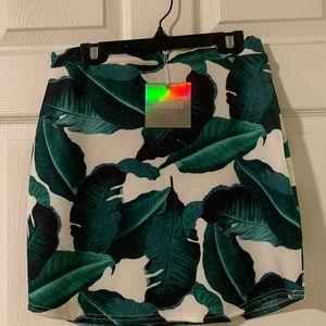 Tropical Mini Skirt-Petite-Missguided